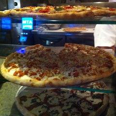 Photo taken at Gaslight Pizzeria by Erica O. on 12/17/2013