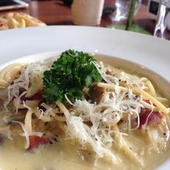 Photo taken at Parabola (พาราโบลา) by BigGy B. on 1/27/2016
