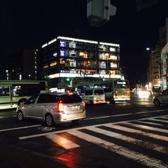 Photo taken at 四条大宮 交差点 by まりりん on 8/29/2015