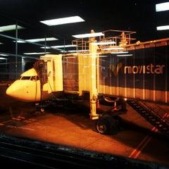 Photo taken at Gate 9 - Aeropuerto El Dorado by Phongpat B. on 10/10/2012
