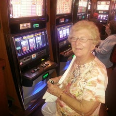 Photo taken at Seminole Casino Coconut Creek by Alan K. on 4/20/2013