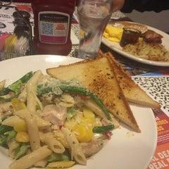 Photo taken at Roxy's Diner by Jana H. on 1/16/2016