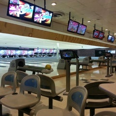 Photo taken at Rolling Lanes Bowling Alley by Karen R. on 6/15/2014