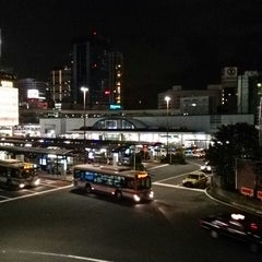 Photo taken at 横浜駅西口 バスターミナル by SOTETSU on 10/21/2013