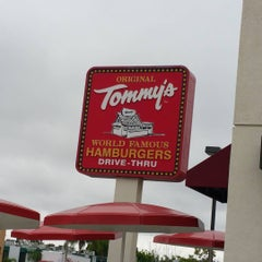 Photo taken at Original Tommy's Hamburgers by dave t. on 7/6/2015