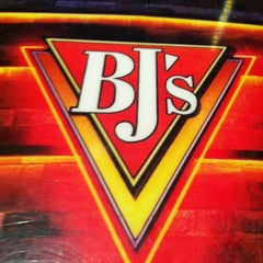 Photo taken at BJ's Restaurant and Brewhouse by Sal H. on 1/17/2013