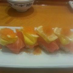 Photo taken at Minato Japanese Restaurant by Christopher G. on 10/12/2014