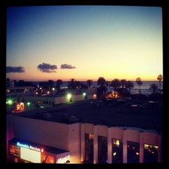 Photo taken at Santa Monica Blvd by Gareth T. on 12/19/2012