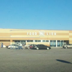 Photo taken at Food Lion Grocery Store by Sam C. on 11/22/2012