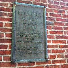 Photo taken at Elfreth's Alley Museum by Alfred C. on 6/29/2013