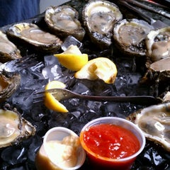 Photo taken at Royal House Oyster Bar by elaine on 9/29/2012