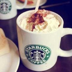 Photo taken at Starbucks | ستاربكس by Μαrιτrα F. on 11/26/2012