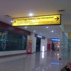 Photo taken at Adi Soemarmo International Airport (SOC) by arri f. on 10/25/2012