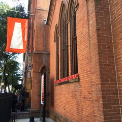 Photo taken at Atlantic Theater Company (Linda Gross Theater) by Leah K. on 10/4/2015