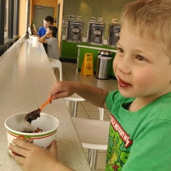 Photo taken at Yogurt Brothers by Ronda C. on 4/26/2014