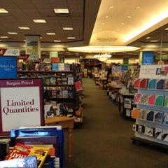 Photo taken at Barnes & Noble by Ike L. on 6/2/2013