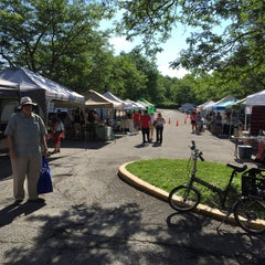 Photo taken at Oberlin Farmers Market by Edsel L. on 7/18/2015