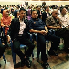 Photo taken at INTAN Wilayah Selatan (IKWAS) by pelesit kota on 9/30/2014