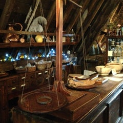 Photo taken at Old Operating Theatre Museum & Herb Garret by ST on 5/5/2013