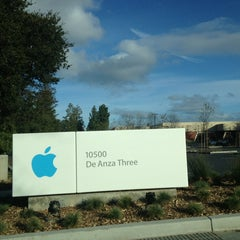 Photo taken at Apple Inc. by Ryan E. on 1/26/2013