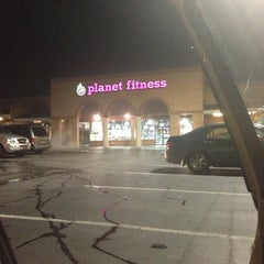 Photo taken at Planet Fitness by Savannah Marie Olaes N. on 11/2/2013