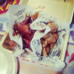 Photo taken at Wingstop by Positive B. on 9/30/2012