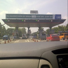 Photo taken at Gerbang Tol Cambaya by Sherly J. on 6/13/2014