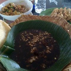 Photo taken at Tasty Resto & Cafe Tahu by Sari on 7/28/2013