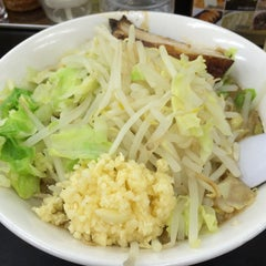 Photo taken at らーめん ぎょうてん屋 町田店 by Melonpan Y. on 6/7/2015