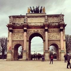 Photo taken at Arc de Triomphe du Carrousel by Pinay Flying H. on 5/3/2013