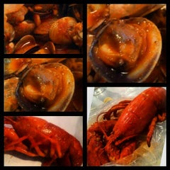 Photo taken at The Boiling Crab by Kevin D. on 1/20/2013