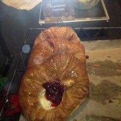 Photo taken at Atlanta Bread Company by Riley L. on 12/8/2012