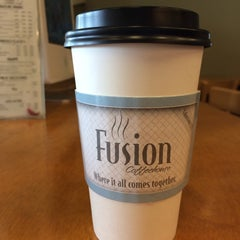 Photo taken at Fusion Coffeehouse by D.I. S. on 12/21/2013