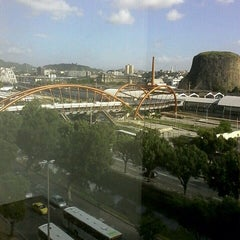 Photo taken at Centro Empresarial Cidade Nova (Teleporto) by Ronny M. on 4/7/2014