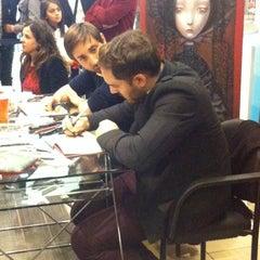 Photo taken at Librería Contrapunto by Paulina T. on 5/12/2014