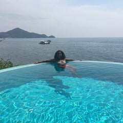 Photo taken at Koh Tao Cabana by Mariza F. on 3/23/2016