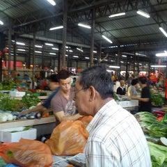 Photo taken at Pasar Jalan Klang Lama by Meis L. on 2/22/2013