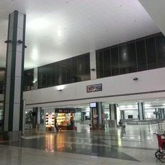 Photo taken at Sardar Vallabhbhai Patel International Airport by Izwan S. on 12/11/2012