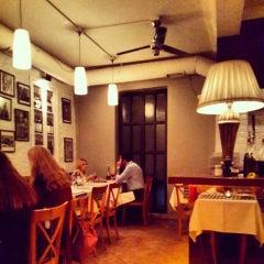 Photo taken at Pizzeria Pidos by Kagan C. on 9/20/2013