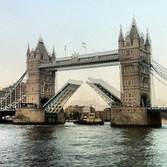 Photo taken at Tower Bridge by Guero V. on 7/17/2013