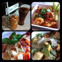 Photo taken at Another Hound Café (อนาเธอร์ฮาวด์ คาเฟ่) by Ngor E. on 12/5/2012