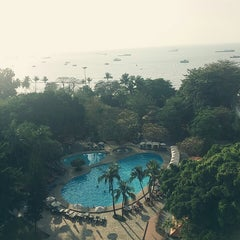Photo taken at The Montien Hotel Pattaya by lovely S. on 2/14/2015