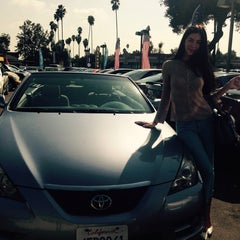 Photo taken at Toyota / Scion of Hollywood by Inna D. on 10/16/2014