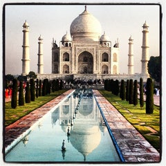 Photo taken at Taj Mahal | ताज महल | تاج محل by Ulises C. on 9/29/2012