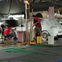 Photo taken at RS Carwash by Sayer C. on 9/6/2013