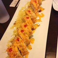 Photo taken at Orange Roll & Sushi by Polly T. on 11/30/2012