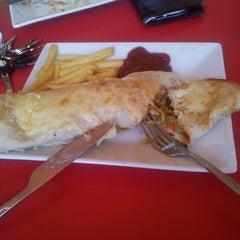 Photo taken at Gringos Food by الاخ ع. on 5/27/2013