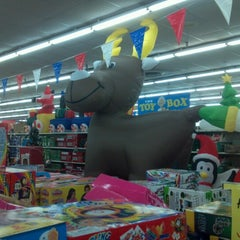 Photo taken at Ollie's Bargain Outlet by Billy on 10/26/2012