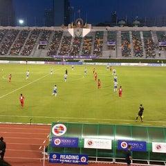 Photo taken at สนามศุภชลาศัย (Supachalasai Stadium) by Panjama C. on 7/8/2015