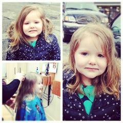 Photo taken at Hair Cuttery by Erin W. on 3/11/2013